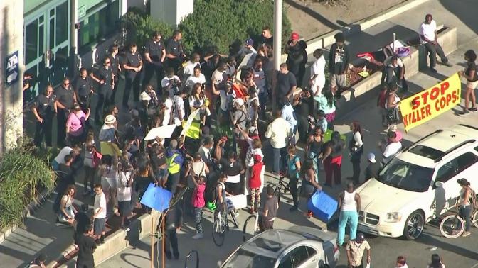 US at war against americans: the LAPD and counter-insugency in the US