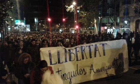 "maqui @maqui_tuits : ""Solidarity is our weapon"" #Barcelona tonight against #OperacionPandora"